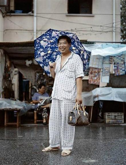 情趣摄影师镜头中的上海式文化睡衣轻快的刚老外图片