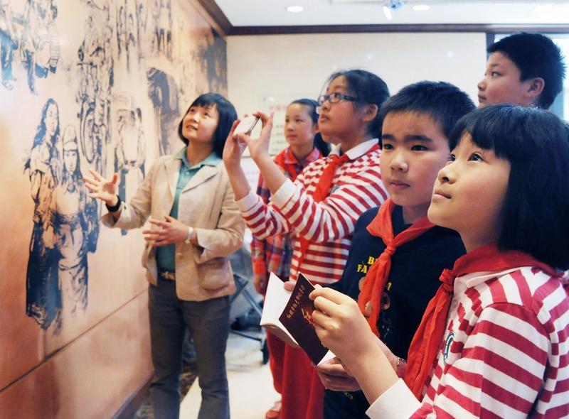 红色印记--上海开展红领巾红色寻访党史普及