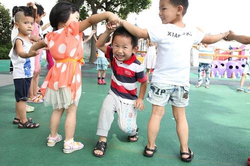 好多孩子正是上幼儿园的年龄