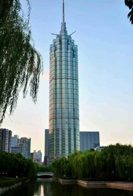 江苏高楼风景图片