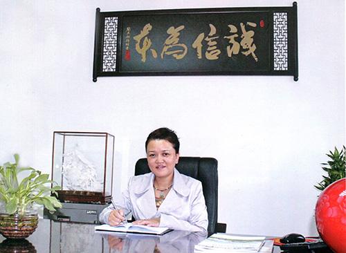 万润酒店用品市场总经理郑宝芳-上海万润 诚信经营走出华东 国际舞台