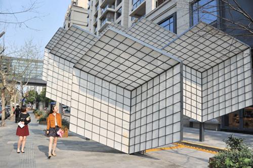 上海新天地创意橱窗 展示建筑师酷玩时尚