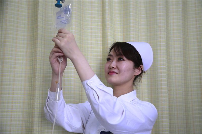 陈轶洪(中山医院心脏外科):看到病人舒坦,我也