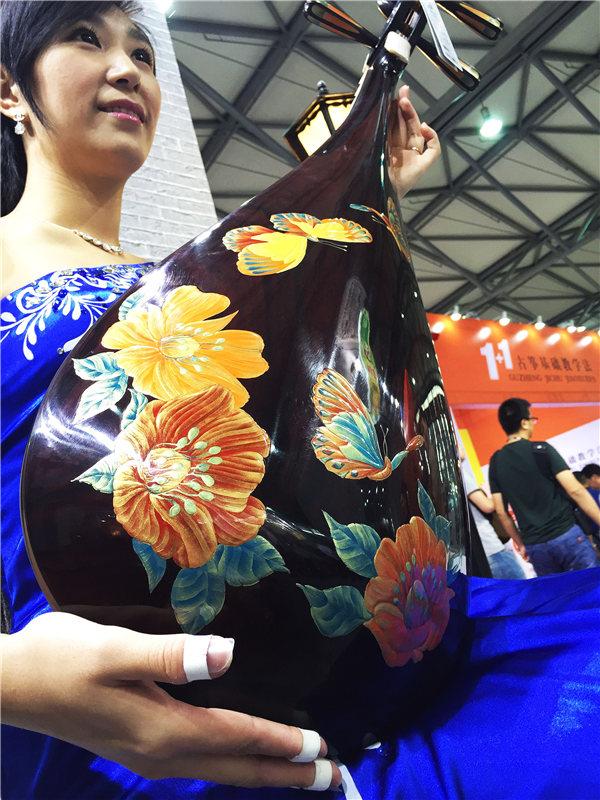 青花瓷、梦回红楼、海派风情簇拥而上海纳百川