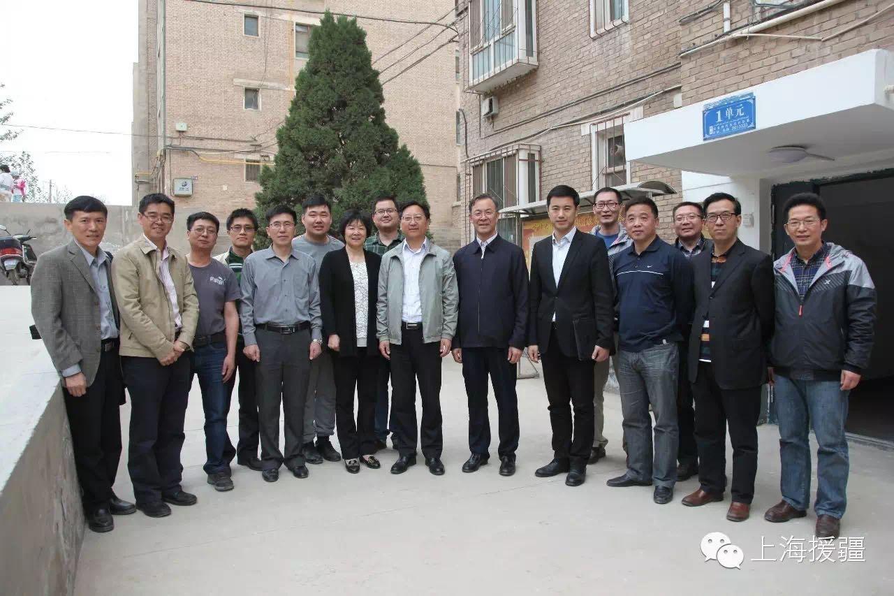 杨峥总指挥赴喀什大学慰问上海援疆教师