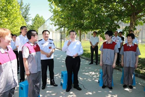 中国代表呼吁国际社会共同治理毒品问题