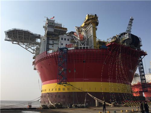 """""""希望6号""""圆筒型浮式生产储卸油平台(fpso)是我国海洋工程装备制造"""