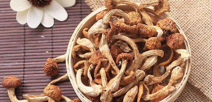 厨房备点干货:菌菇类能提鲜 海货类助减盐