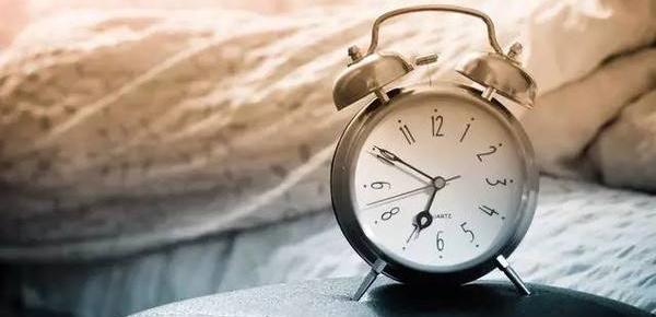 人一天睡多久、怎么睡才健康?