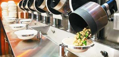 """机器人掌勺 """"无人餐厅""""解放劳动力"""