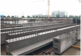 装配式施工工艺,所有的梁,板,柱,楼梯等构件都是在预制工厂内利用标准