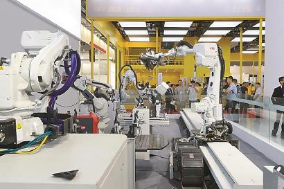 """卖萌机器人少了,按需生产的""""未来工厂""""来了"""