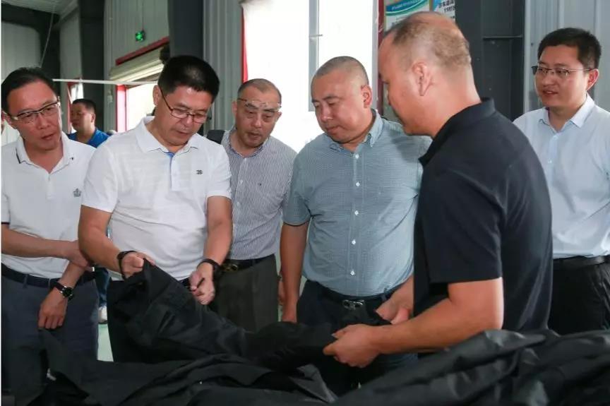 浦东新区曹路镇党政代表团赴莎车县观察互换结对帮扶事务