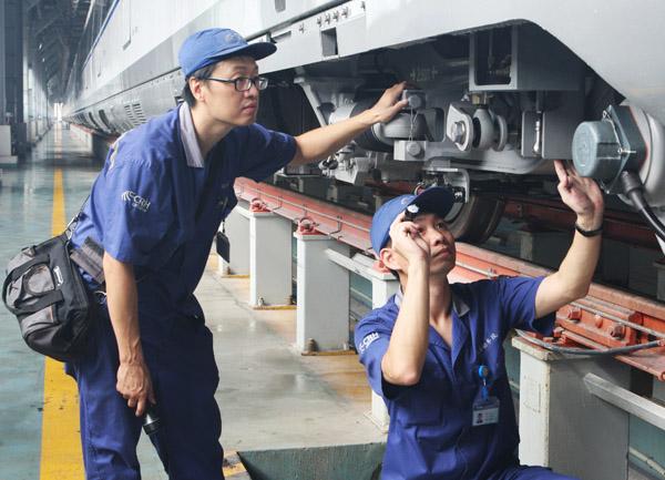 """上海金山铁路:市域铁路的""""样板"""""""