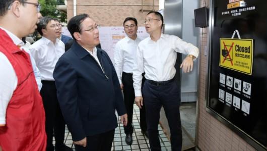 《上海市生活垃圾解决条例》实施百日,李强再赴居民区商务楼抓推进落实