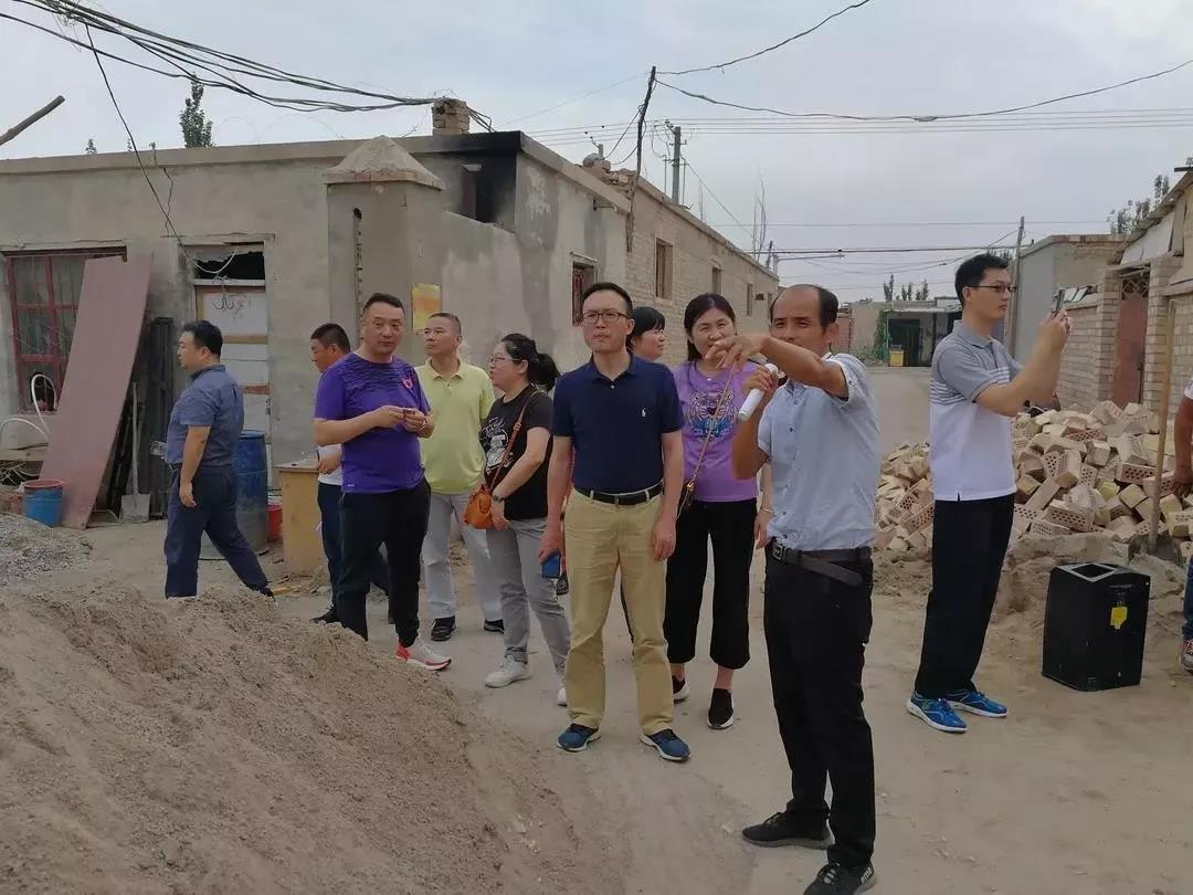 静安区南京西路街道在巴楚县开展结对帮扶工作
