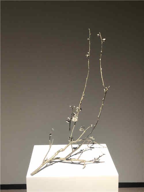 "���H著名雕塑家蔡志��D梅雕塑展在��""�`放"""
