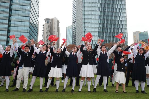 沪澳青少年携手放歌庆祝澳门回归
