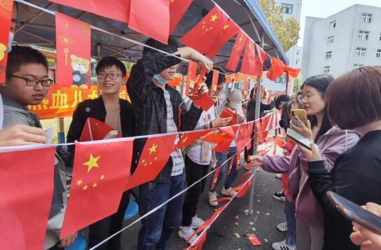 """走""""新""""更走心上海高等职业院校创新形式开展党史学习教育"""