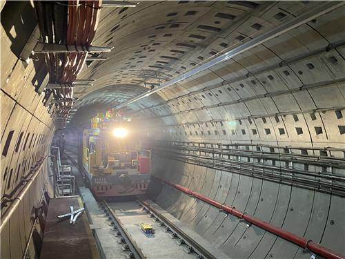 上海轨道交通18号线一期御桥至长江南路接触网工程开始冷滑试验
