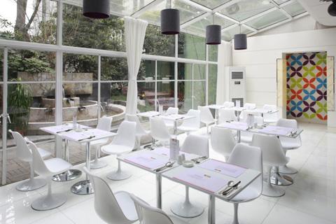 餐厅 餐桌 家具 装修 桌 桌椅 桌子 480_320