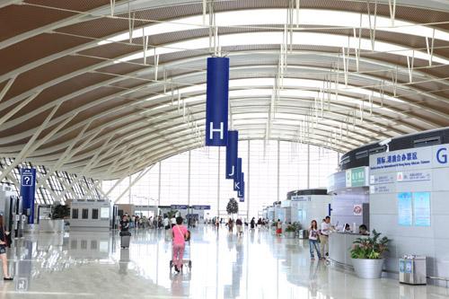 北京到上海,坐不起高铁坐飞机吧!