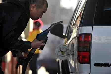 其汽油消费量则增加了