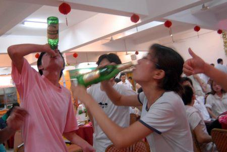 中国人饮酒百态 - 柏村休闲居 - 柏村休闲居